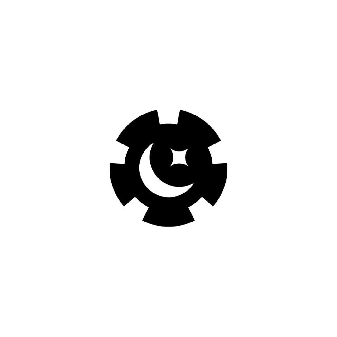 Moon-Poker-Chip-Premade-LogoCore-Logo-@YesqArts