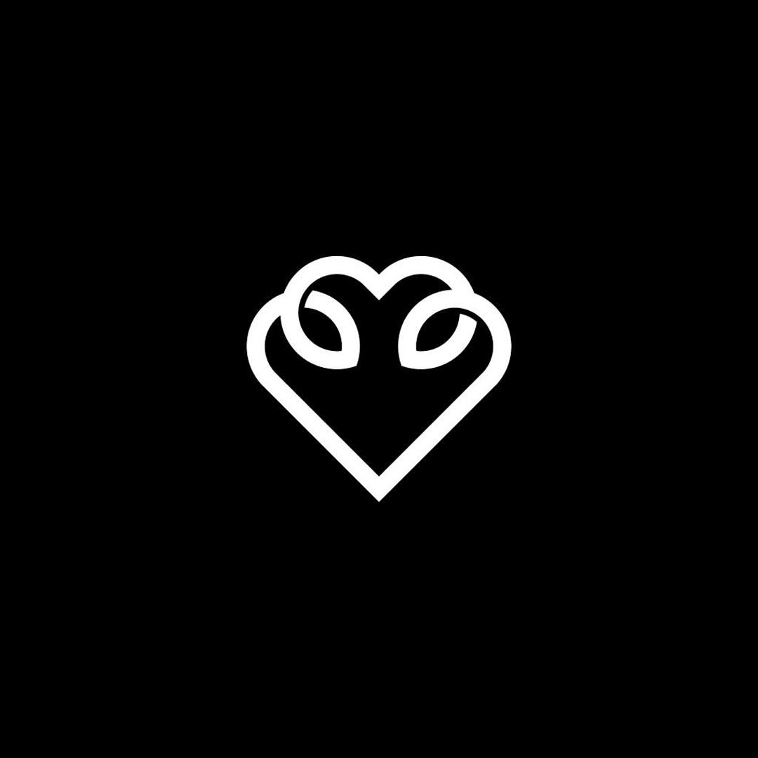 Twisted-Heart-Premade-LogoCore-Logo-@YesqArts